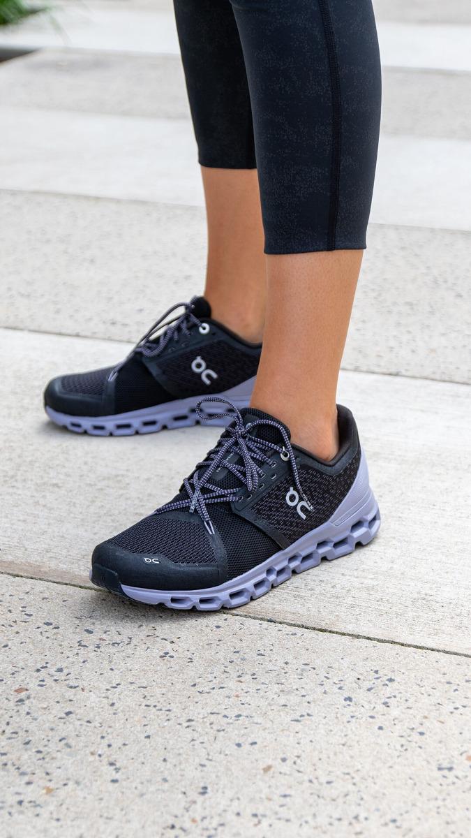 On Running Cloudstratus Mens Shoe